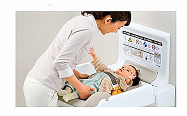 婴儿尿布更换台|贴身座椅