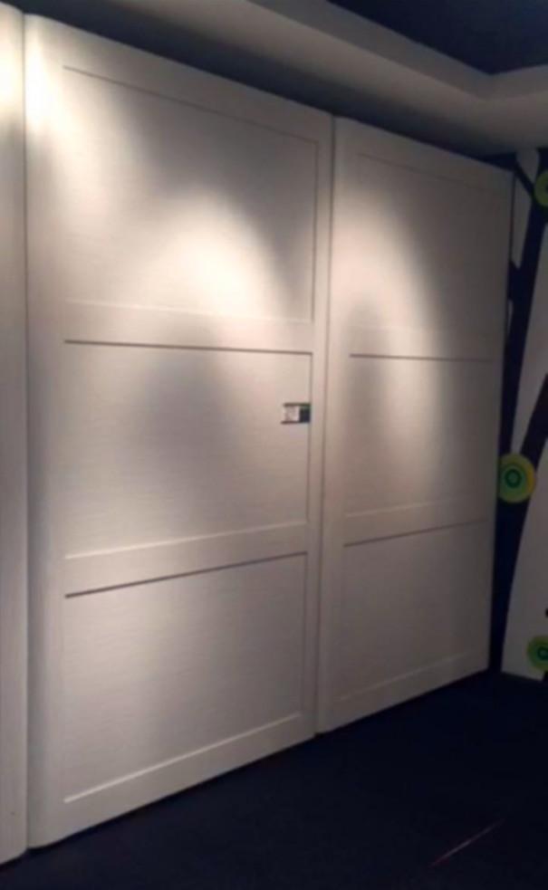 全自动衣柜移门关闭状态3.jpg